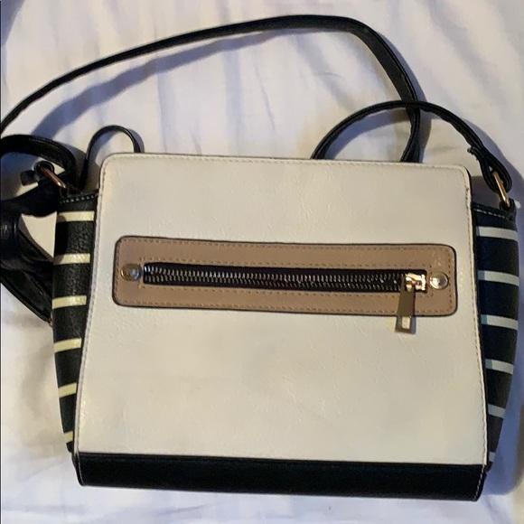 Call It Spring Handbags - Women's call it spring bag.